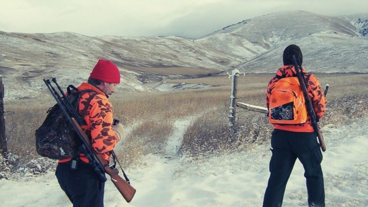 Why You Need Hunting Gloves For Freezing Weather